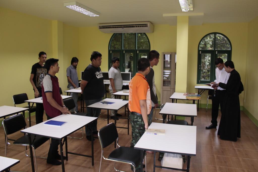 Начались занятия в Духовном училище